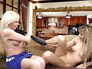 Oldyounglesbianlove - Franny And Sarah - Lovely Sugar Mom