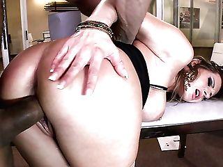 Horny Beefcake Man Rear End Fucks Asstastic Cougar Rechel Roxx Hard