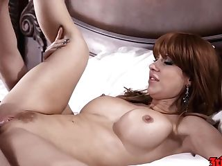 Savana Styles - Sexy Stunner Gets Her Labia Packed With Jism