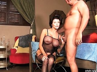 Stunning Cougar With Round Booty Joslyn James Gives Her Head And Gets Fucked Hard