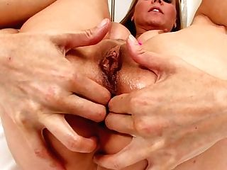 Pervcity Mom Julia Ann Loves Buttfuck